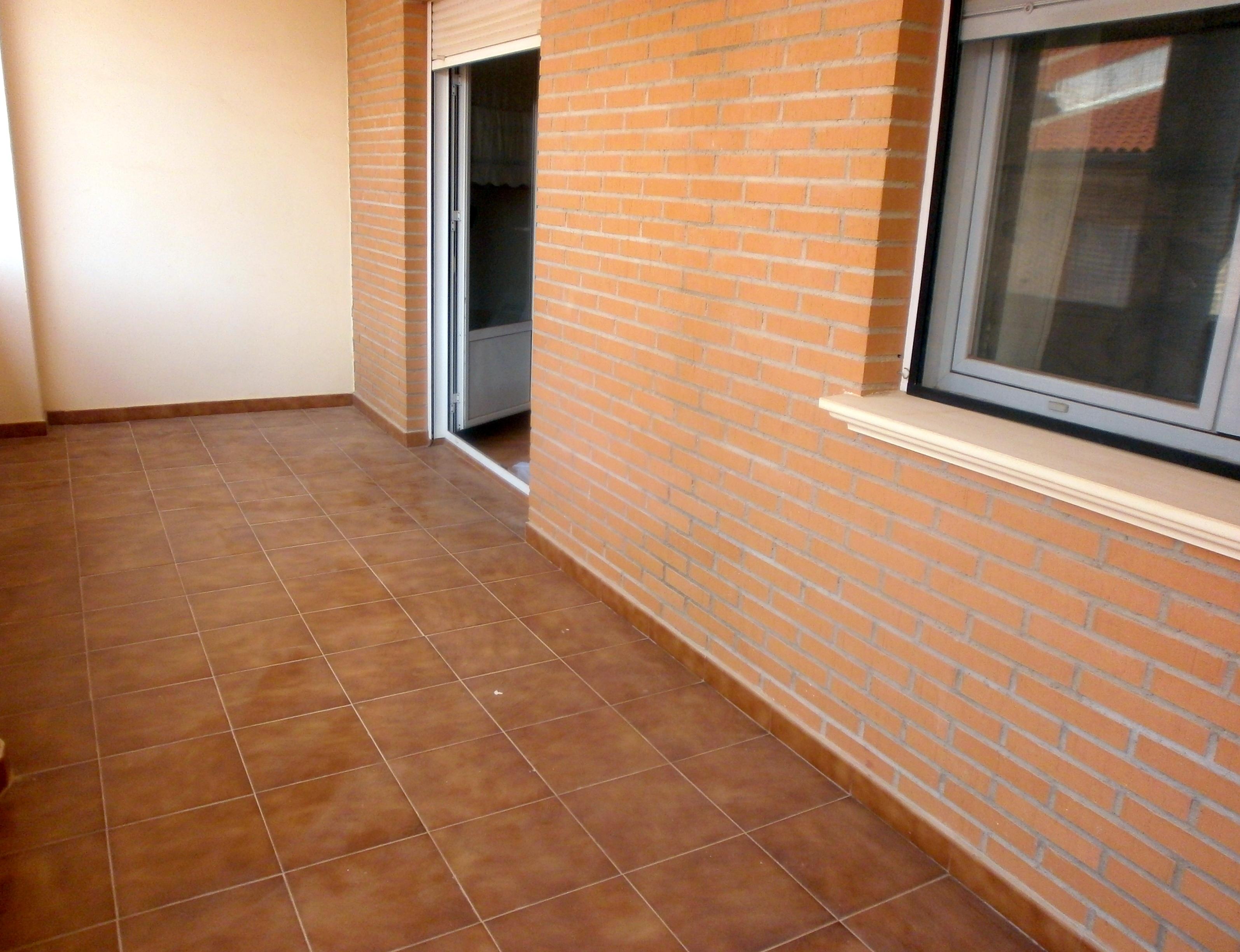 Piso Zona Semicentro / La Roda
